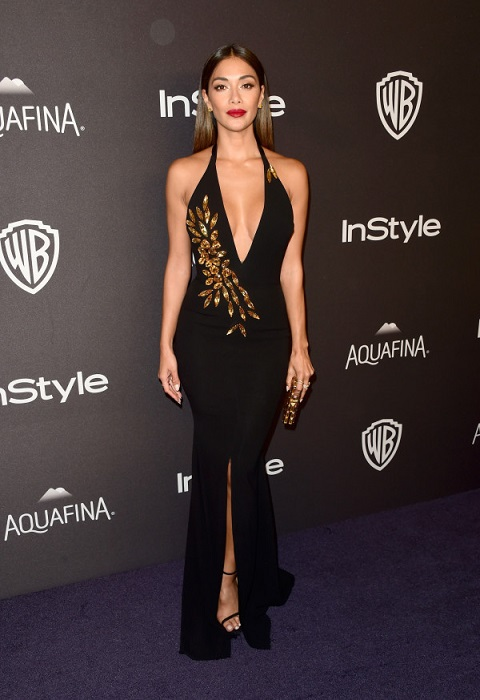 73rd Annual Golden Globes - Have Bras Become Last Season ?